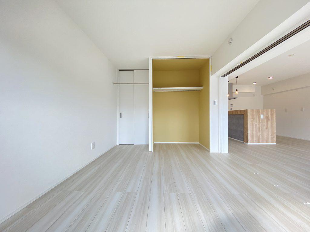間取りは3LDK。各お部屋に収納完備です。