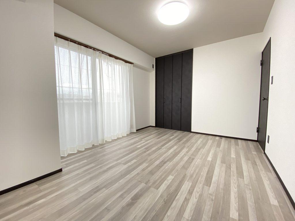 玄関土間やアイランドキッチン等、スペースを贅沢に使った暮らし